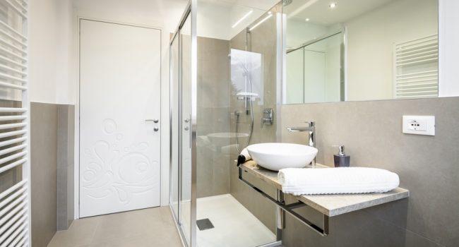 Sostituzione della vasca con doccia a Merano, Bolzano e Alto Adige