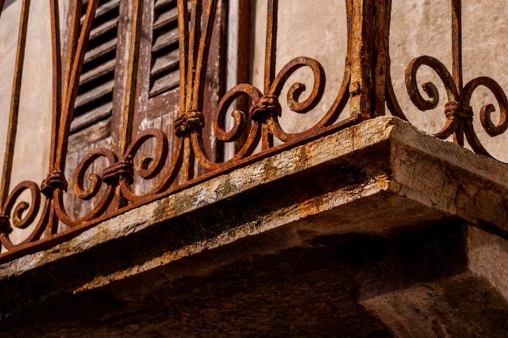 Riparazione balconi a chi spetta